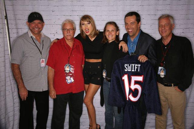 Taylor Swift 2015 -2.jpg