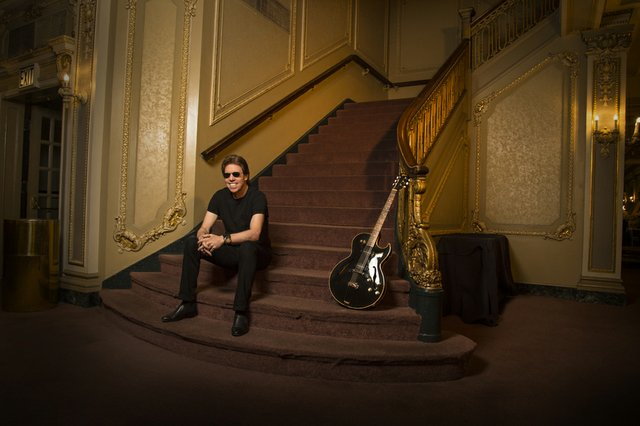 george_thorogood_2.jpg