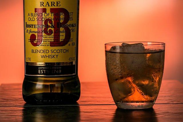 scotch-whisky-729638_1920.jpg