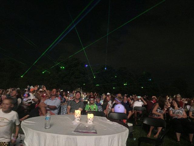 Fireworks_crowd.JPG