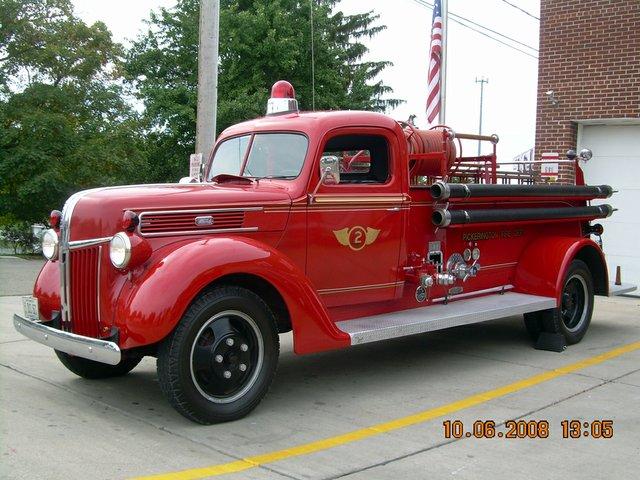 1 (33) 1941 fire truck.jpg