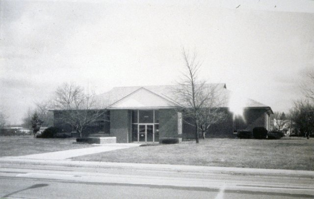 Original Main Library on Tremont in 1959.jpg
