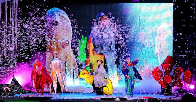 B1_credit_CourtesyTheUnderwaterBubbleShow.jpg