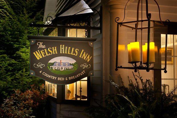 The Welsh Hills Inn - Inn Sign and Bay Window at Night - 010115.jpg