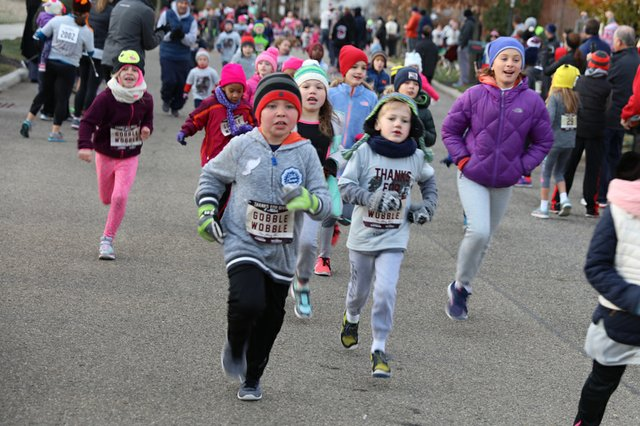 Thanks For Giving 4 Miler 11.23.2017 - 55.jpg