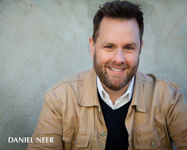 Daniel Neer - Headshot.jpg