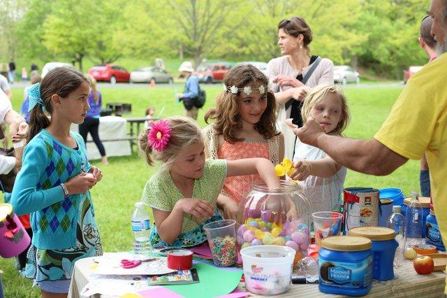 Central Ohio Folk Festival Children's Crafts PH4_Hi-res_LindaMcDonaldPhotographySMALL.jpg