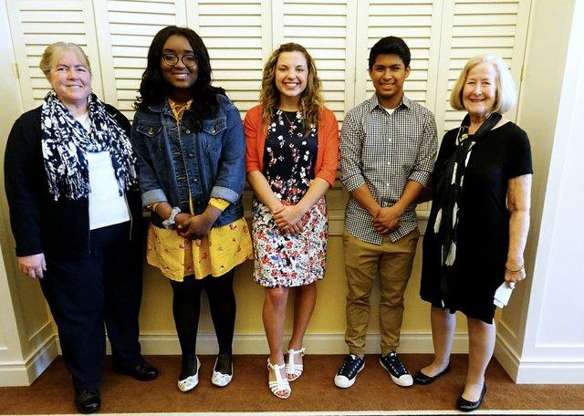 DSC03550 Scholarship Winners with Committee Members Debbie Fast and Barbara Douglas (1).jpg