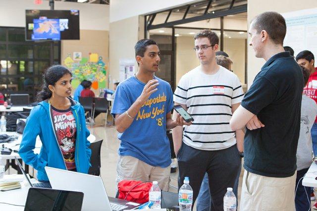 Hackathon 1.jpg