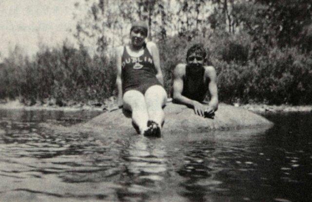 The-Ol-Rock-1930s.jpg