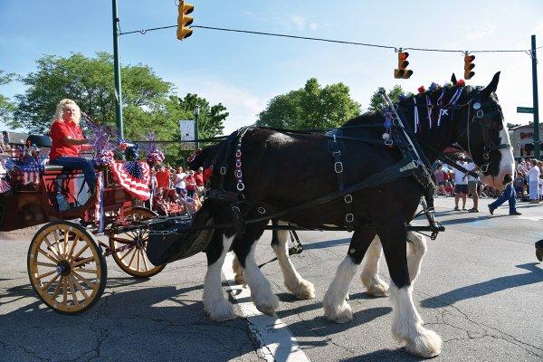 4thofJuly Parade (1)- Photo Credit Kaytlyn Rowen.jpg
