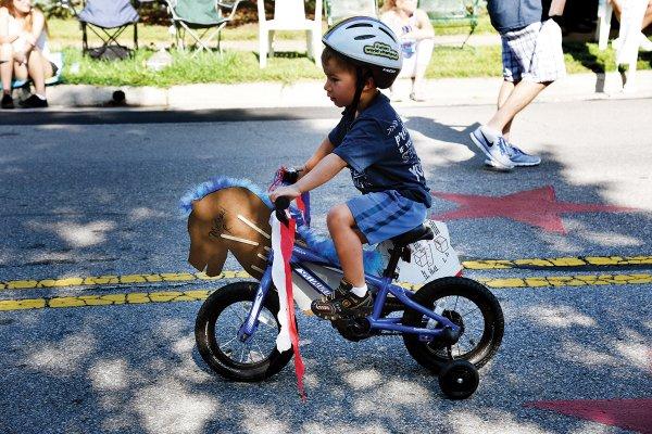 4thofJuly Parade (3)- Photo Credit Kaytlyn Rowen.jpg
