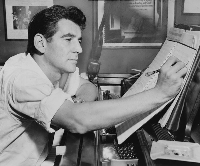 LeonardBernstein1955_credit_AlRavenna, Courtesy of the Library of Congress.jpg