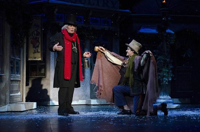 ACCScrooge_credit_CourtesyOmahaCommunityPlayhouse.jpg
