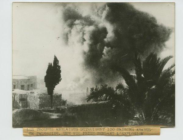 English Troops Destroy 100 Arab Houses....jpg