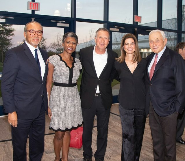 Michael and Janelle Coleman, Governor John Kasich, Abigail and Leslie Wexner.jpg