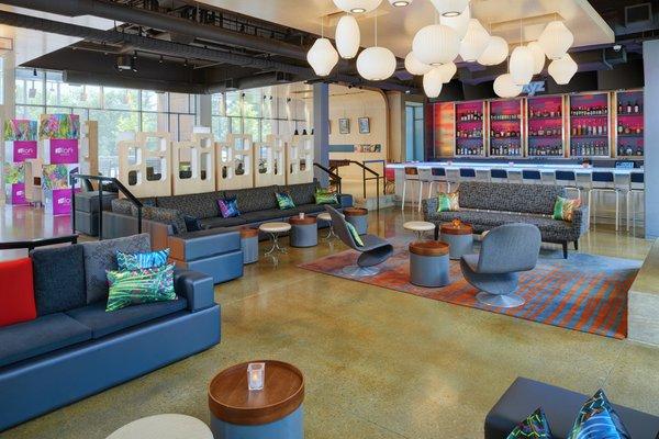 ReMix Lounge  WXYZ Bar (002).jpg