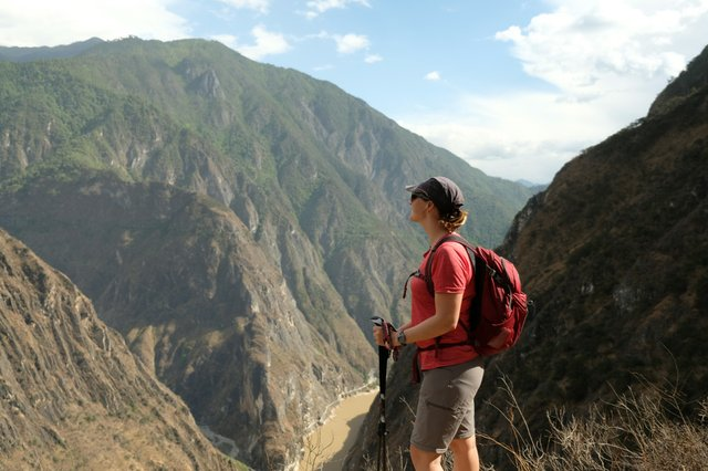 Tiger Leaping Gorge, China (1).jpg