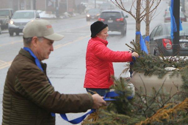 Feb 10 placing ribbons.JPG
