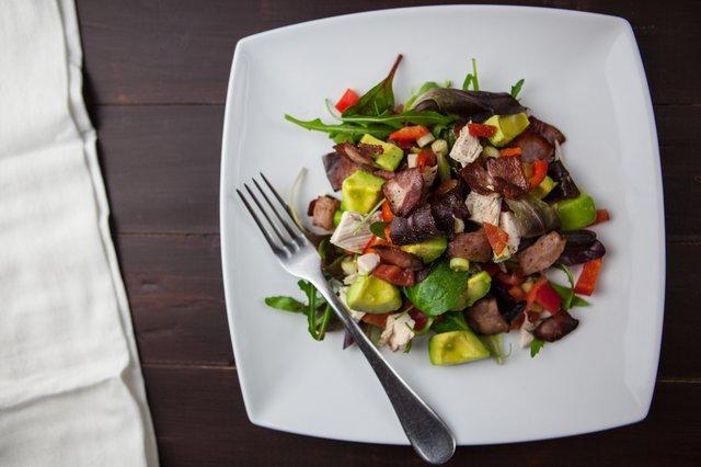 appetizer-avocado-bacon-551997.jpg