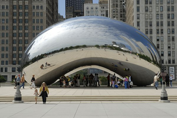 1 Anish Kapoor's Cloud Gate_ photo Patrick Pyszka.JPG