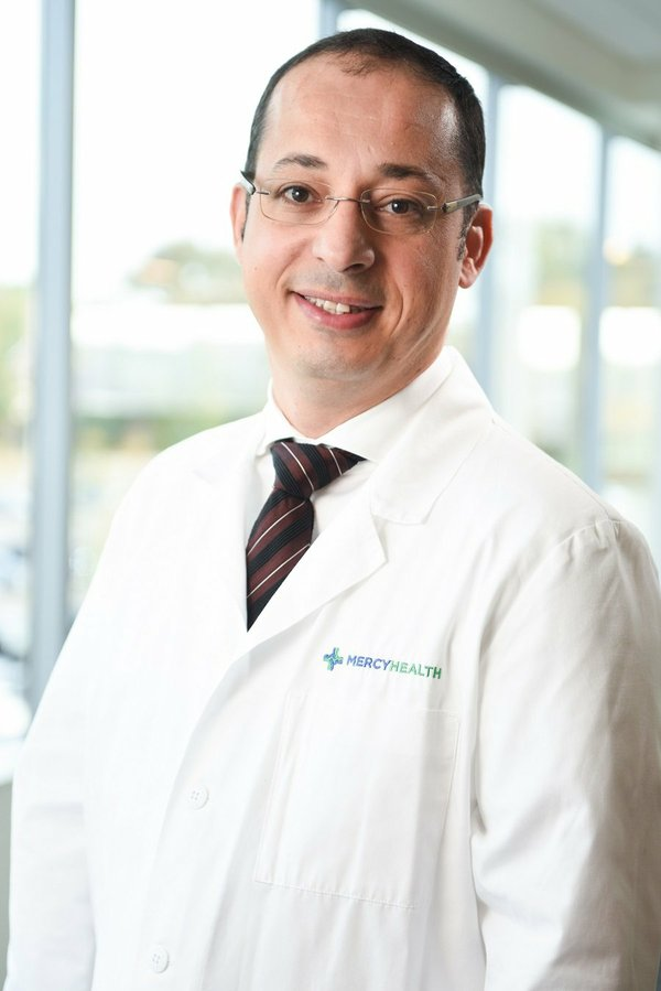 Dr. Mitiek.jpg