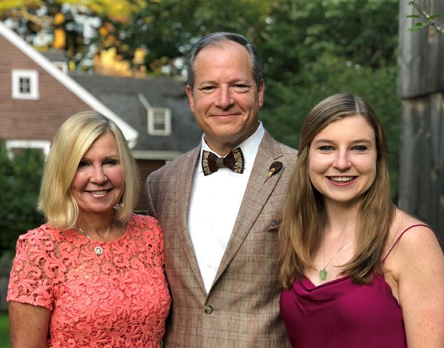 Derrow Family photo for Feldman Toobin program - shown cropped (002).jpg