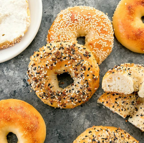 2-ingredient-bagels-14a1-700x692.jpg