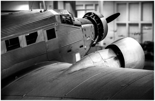 aeroplane-aircraft-airplane-1146594.jpg
