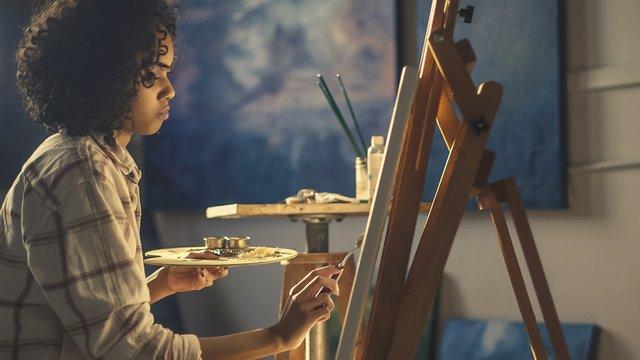 adult-art-artist-374009.jpg