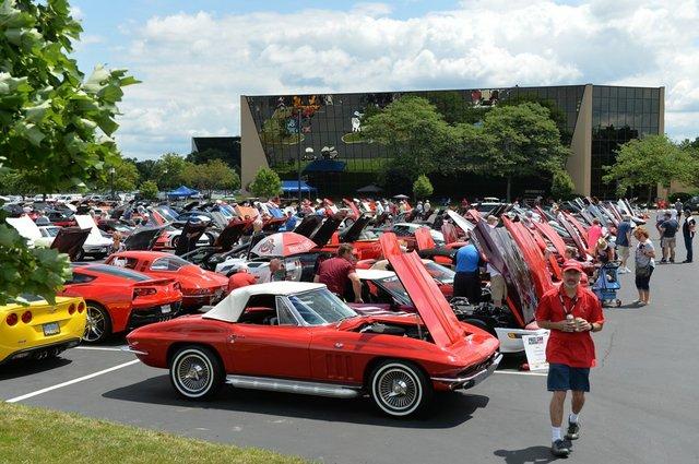 full lot of show cars.jpg