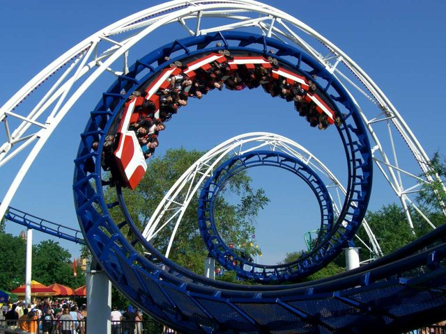 Corkscrew_(Cedar_Point)_01.jpg