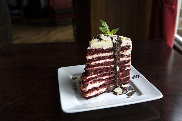 red velvet cake (1).jpg