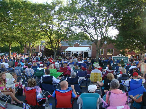 GHPL_British_Invasion_Music_on_the_Lawn (2).JPG