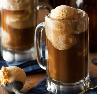 old-fashioned-root-beer-float.v1.jpg