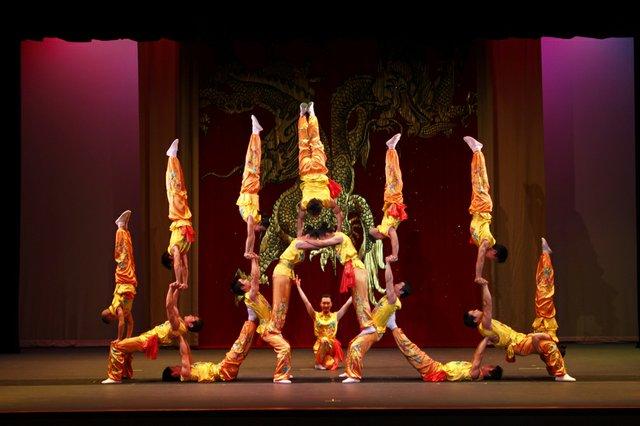 PekingAcrobats_credit_Courtesy IMG (002).jpg