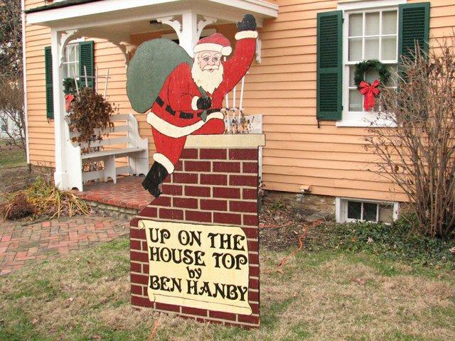 Santa sign.JPG