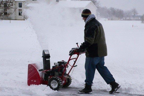 snow-thrower.jpg