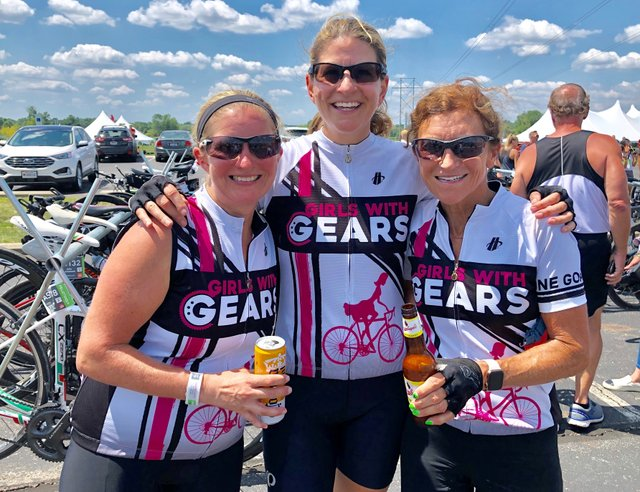 Tanny Crane with Leslie Paxton and Caroline Worley at the 200 Mile Finish at Bevelheimer Park 2019.jpg