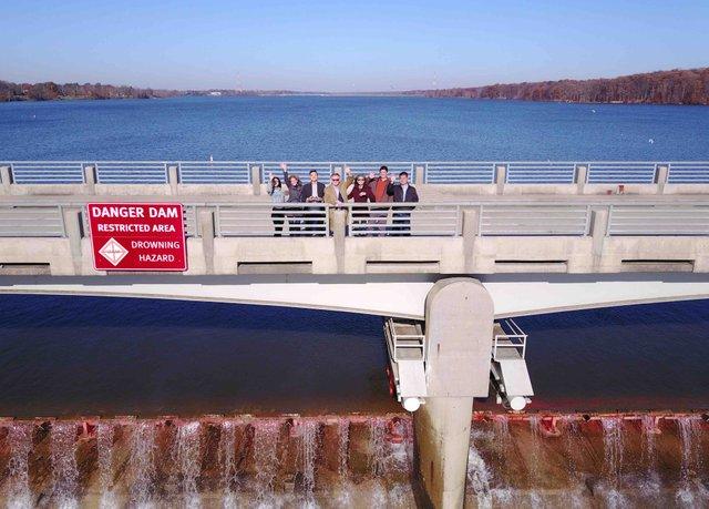 Dam Drone waving (1).jpg