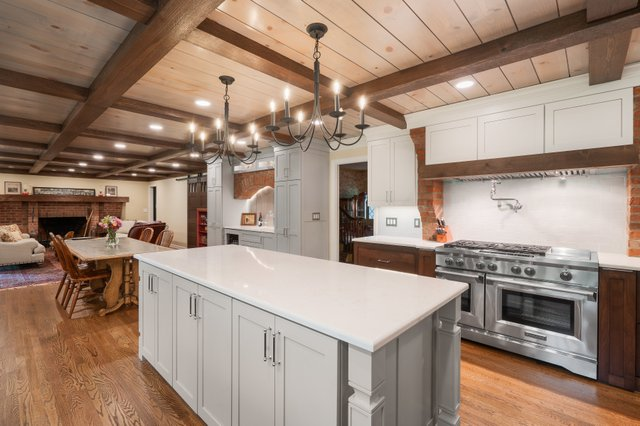 Hi-Res_Upper Arlington OH kitchen remodel_historic Williamsburg inspired_The Cleary Company Remodel Design Build_Columbus OH (8).jpg