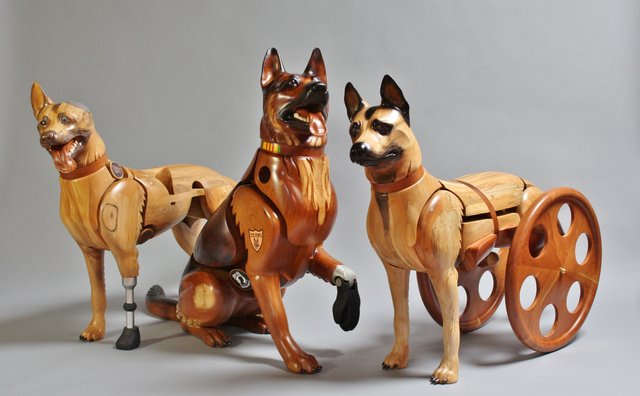 Wounded Warrior Dog Group.JPG