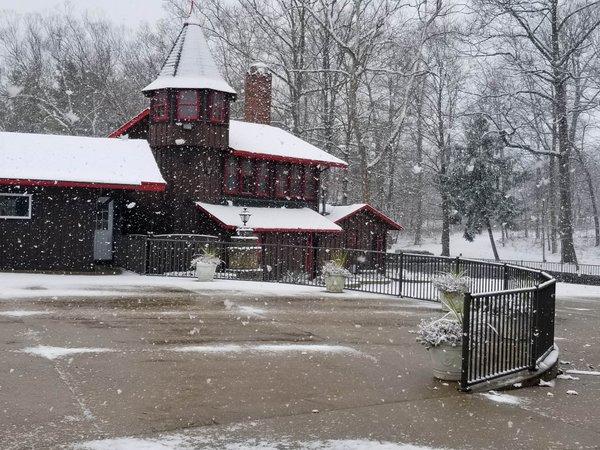 Townshipwigwam snowing 12-16-2020 #1.jpg