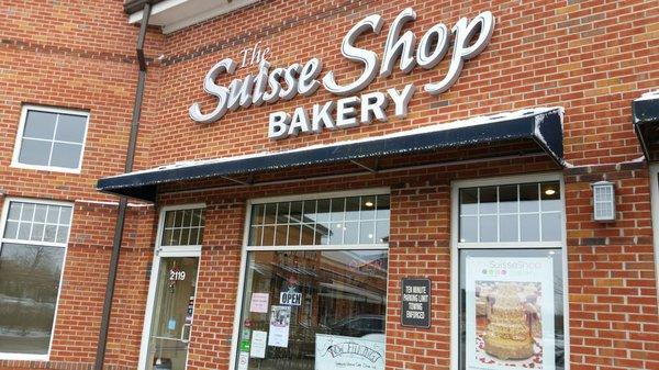 Suisse Shop Bakery Pic.jpg