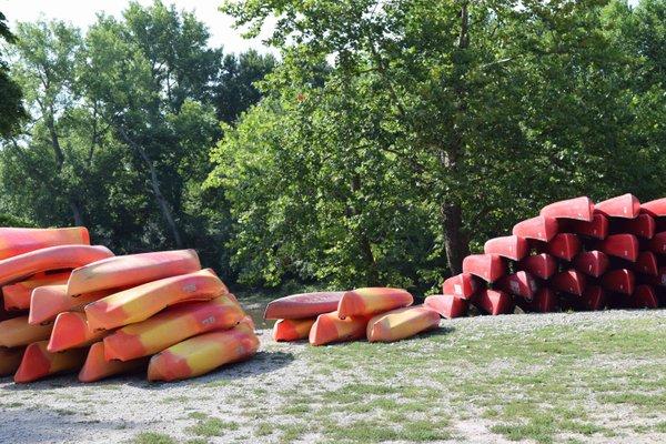Trapper John's Canoe Livery.jpg