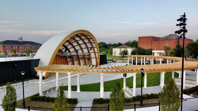Amphitheater 1 July 30 2021 by Alan Hinson.jpg