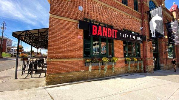 Bandit Pizza & Pairings by Rockmill.jpeg