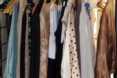 womens-clothing-483833_1280small.jpg