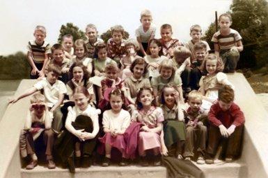 1954 - 3rd Grade Class - New.jpg