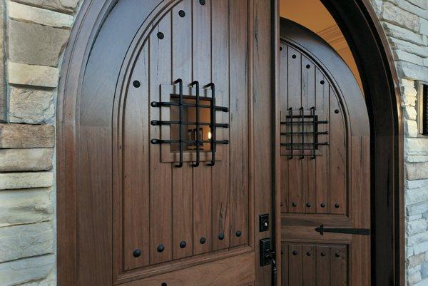 5755_IBS_Alpine_Wood_Entry_Door_13i 2.jpg